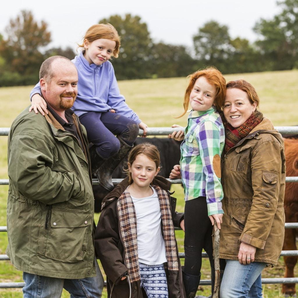 картинка семейная ферма уникальная